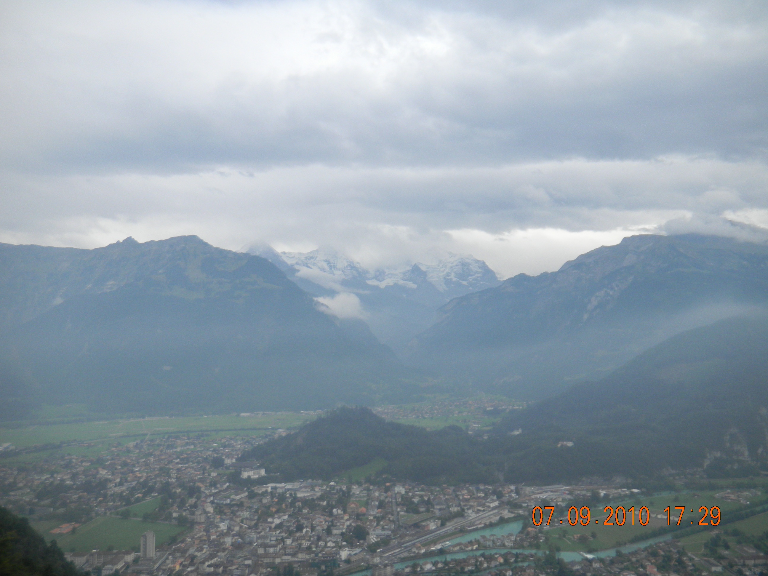 lake zurich hindu personals Singles travel to switzerland for switzerland scenic adventure singles vacation trip for singles and finance that lies at the north end of lake zurich in.